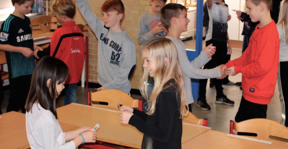 Elever spiller quiz & byt